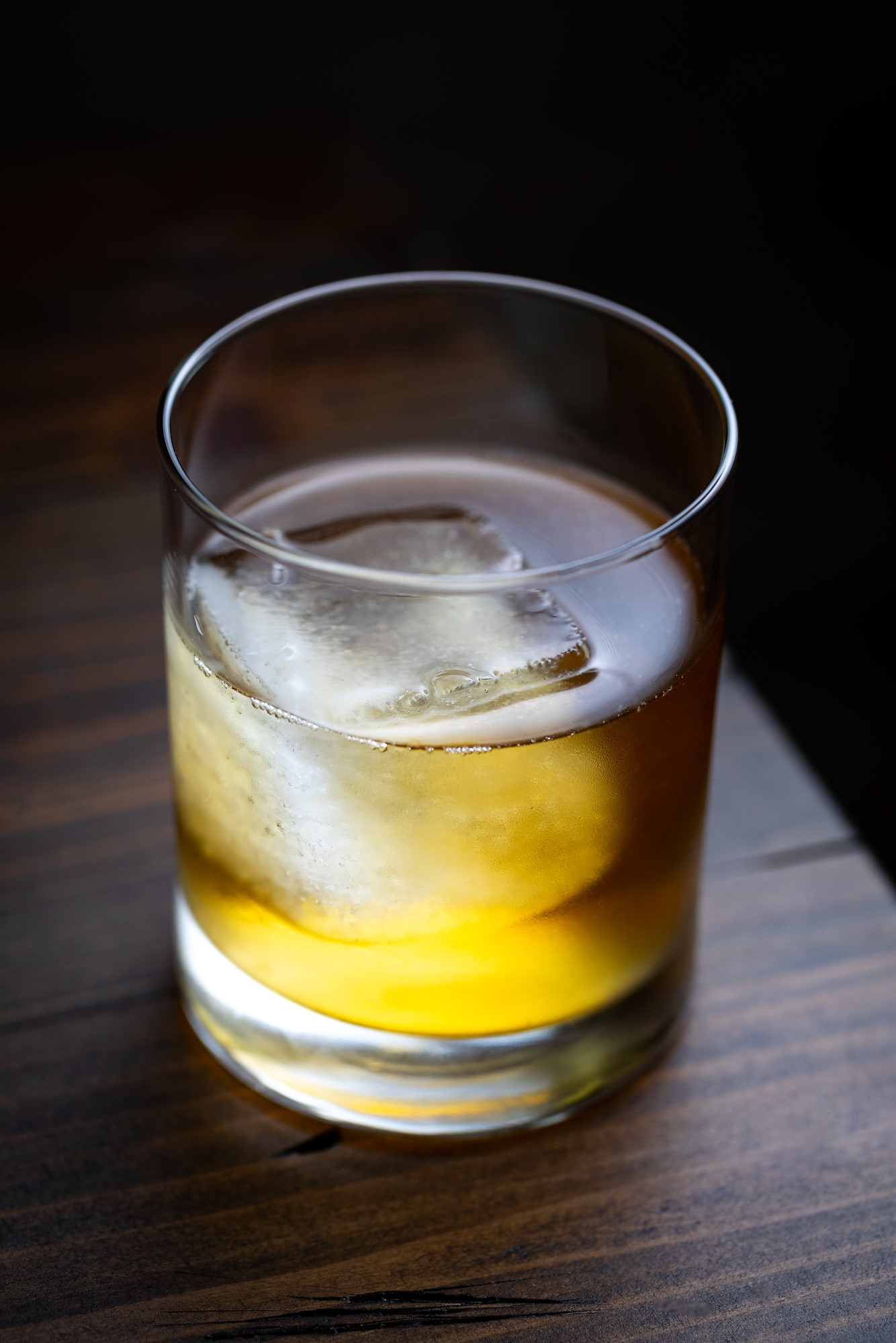 a cocktail at montecito inn