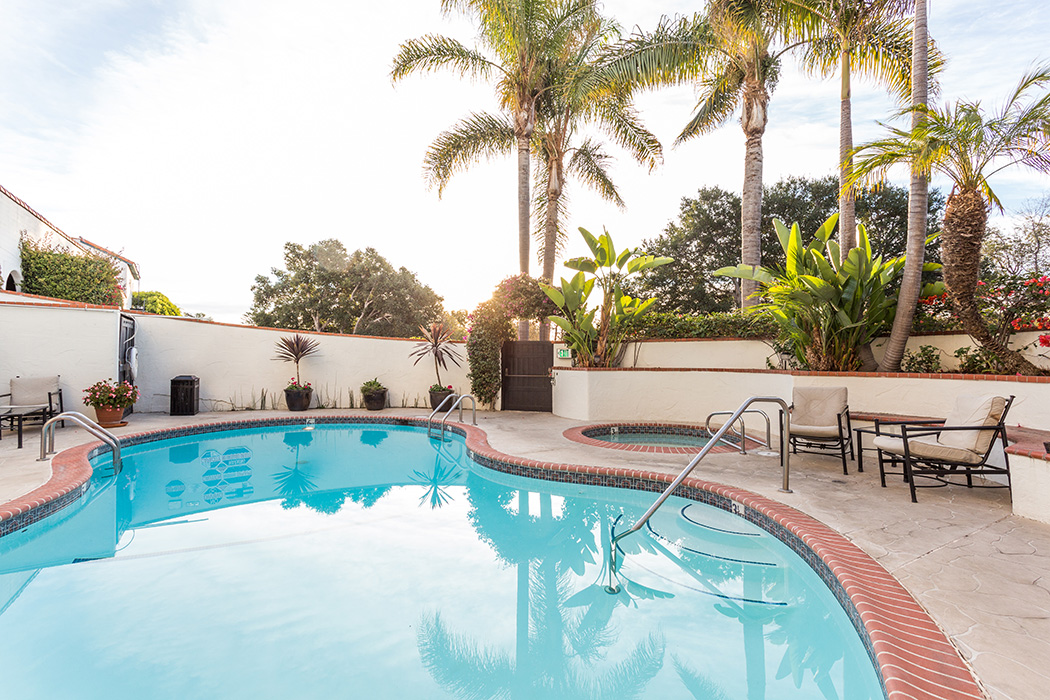 santa barbara luxury hotel suite Pool