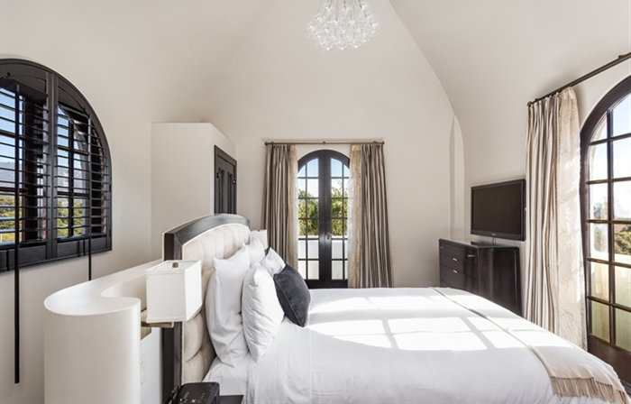santa barbara hotel tower suite